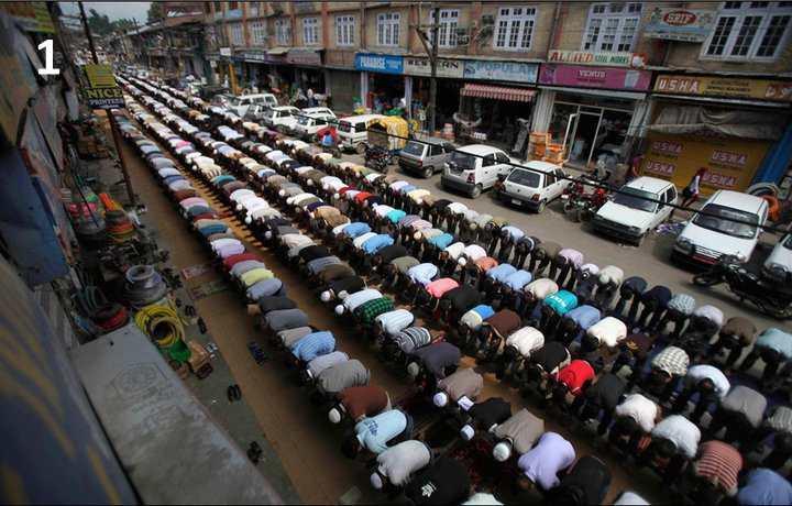 prière-dans-la-rue